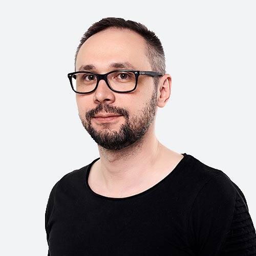 Илья Черняев